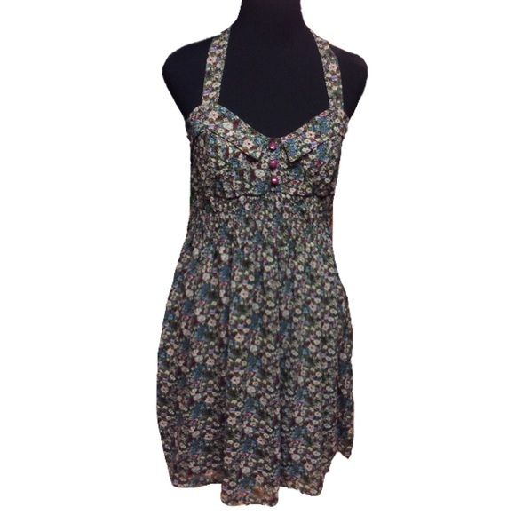 ❌ FINAL PRICE ❌💐FLIRTY HALTER DRESS BY PINKY💐 Adorable floral halter dress with pretty button accents.. Like new.  HIC-2 Pinky Dresses
