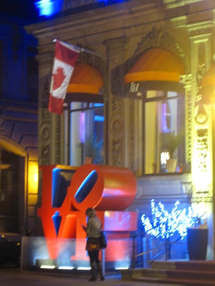 L.O.V.E.@ Old Montreal