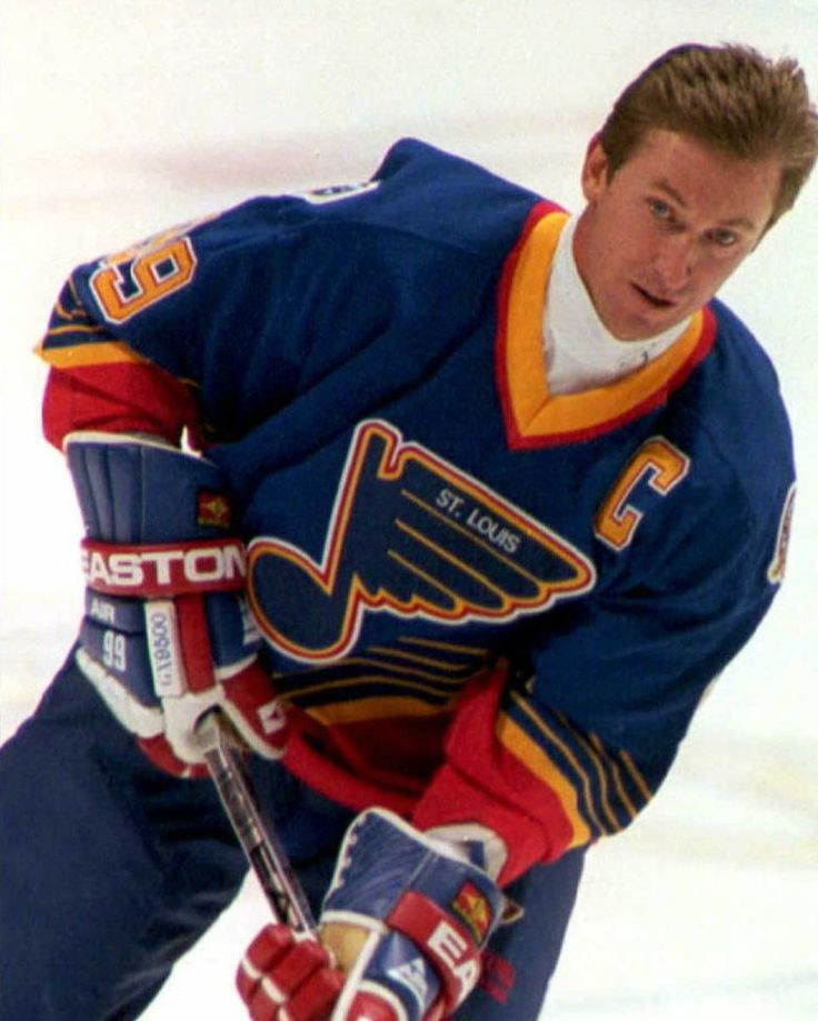 #TBT Remember when Wayne Gretzky played with the St. Louis Blues? This pic is from his first game with the team in 1996. SO WE WERE IN TOWN, STAYING AT A NICE, DOWNTOWN HOTEL. My husband at a business meeting, I was waiting for a cab. Recognized him just as he closed the door to his own cab....