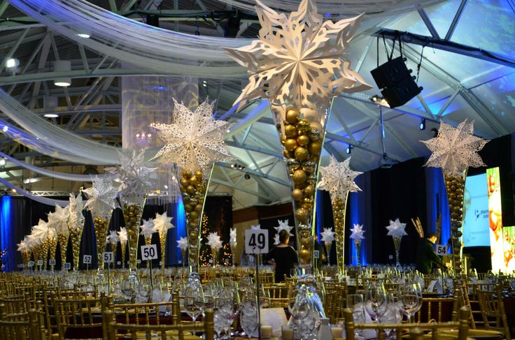 snowflakes decor for Christmas at la gare windsor