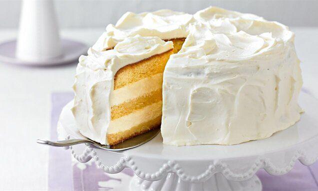 Weisse Daphne Torte Rezept In 2020 Crazy Cakes Torten Rezepte Und Kuchen Ideen