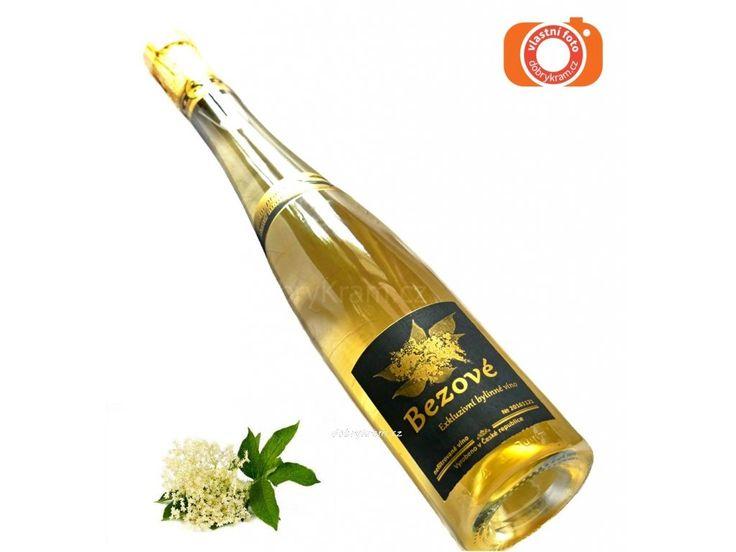 Víno z bezových květů