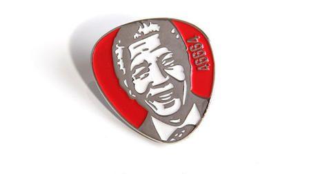 1. ,ai 2014 - Nelson Mandela pins
