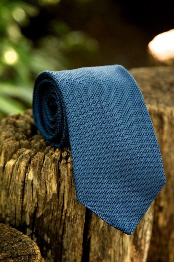 Royal-blue silk woven grenadine.