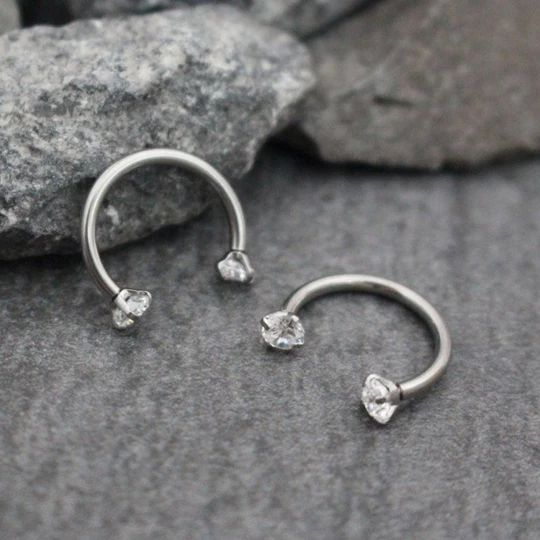Swarovski Septum Ring Hufeisen, Septum Schmuck 16G, Rook Piercing, Lippenring, Ey …   – GEMS! Marsmatta