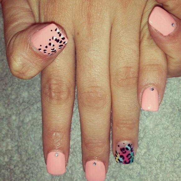 #nailart #nails #animalprint #funky #bright #colourful#ombre#nailtechnician#diamante#peach