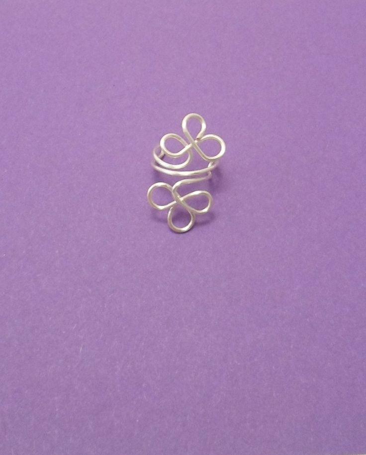 Bague oreille (ear cuff) Trèfle en fil plaqué argent : Autres bijoux par alu-et-billes-folie