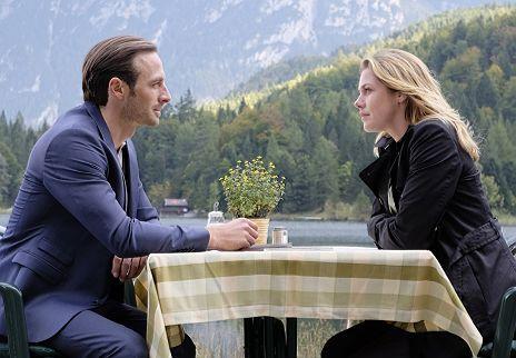 """Felicitas Woll & Gabriel Raab in """"Liebe bis in den Mord - ein Alpenthriller"""