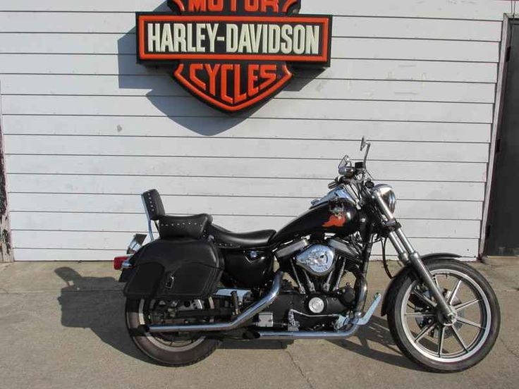 Used 1989 Harley - Davidson XL883 - Sportster Motorcycles For Sale in Tennessee,TN. 1989 Harley - Davidson XL883 - Sportster, IF YOU WANT A GREAT CHOP BIKE, PROJECT BIKE, RAT BIKE OR JUST A GREAT RUNNING CHEAP HARLEY, THIS ONE IS FOR YOU. IT'S A 1989 XL883 SPORTY WITH CHAIN DRIVE. STARTS RIGHT UP AND RUNS OUT AND SOUNDS GREAT! HAS LARGE KING TANK, MUSTANG RIDER AND PASSENGER SEATS, FORWARD CONTROLS, LARGE RISERS WITH DRAG BARS, GRIPS, MIRRORS, PASSENGER BACKREST AND THROW OVER SADDLEBAGS…