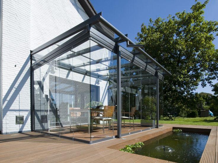 Glazen uitbouw van stalen elementen. #serre #uitbouw #stekmagazine