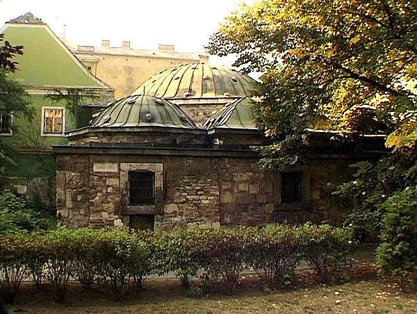 Türkisches Bad wurde in Ungarn, Budapest aufgenommen und hat folgende Stichwörter: Budapester Impressionen,  Thermalbäder in Budapest.