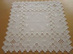 "HARDANGER NEW BEAUTIFUL HANDCRAFTED  center psc/ tabel cloth white 20.5""x20.5"""