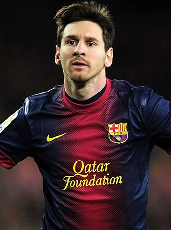 Lionel Messi dedicates win to coach's late father!
