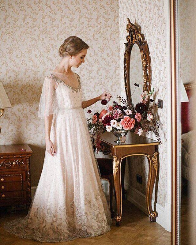 Bridal Couture by Katerina Komarova Уникальные свадебные платья ручной работы. Создаем индивидуально для каждой невесты.  Санкт-Петербург и весь мир.