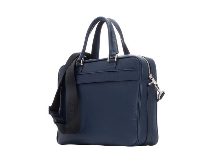 Supple blue leather and a contrasting black shoulder strap give this stylish laptop bag a smart finish. It has a zipped compartment at the back for documents, a zipped opening and two top handles. Make it part of your workwear repertoire today.
