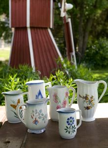 Vintage jugs Arabia Finland