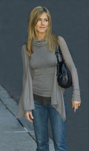 jennifer aniston style | Look at Jennifer Aniston: great simple and elegant casual style!