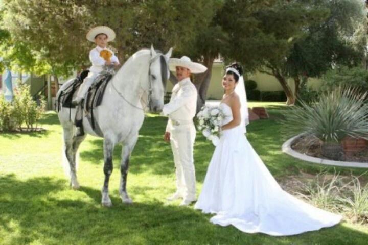 Para mi charro boda
