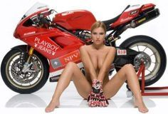 ... et Five protégea la femme... - Ducati - Equipement - Five - Gants - Moto & Sexy - Caradisiac Moto - Caradisiac.com