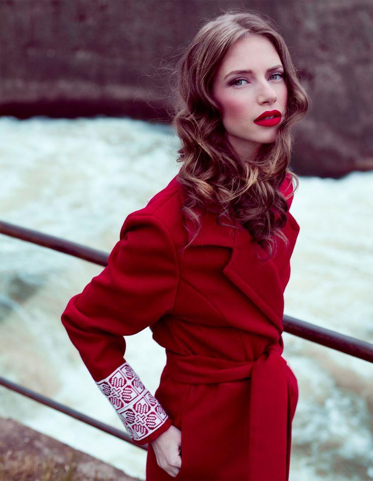 FASHION DESIGNER ROMAN GABRIELLA  Vibrant red coat for confident, powerful women!   Román Gabriella's traditional coat design. https://www.facebook.com/RomanGabriella.Designer?fref=photo  Savescu Denis Photography Hairstyle & Make Up Deni Iovan