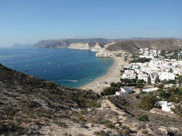 Aguamarga en pleno Parque Natural de Cabo de Gata en Almería, un lugar fantástico para olvidarse del trabajo y relajarse durante unos días.
