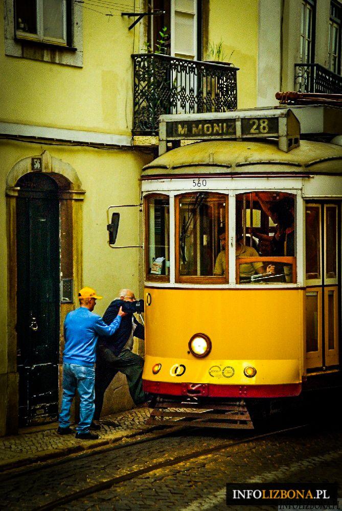 Jak zwiedzać Lizbonę przy pomocy tramwaju 28? http://infolizbona.pl/lizbona-tramwaj-28-trasa/