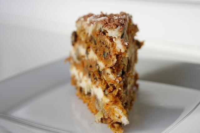 Tort marchewkowo-kokosowy