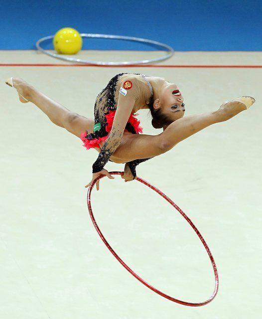 Gymnastique Rythmique avec cerceau