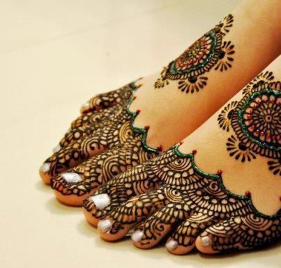 Feet Indian bridal mehndi with hints of green