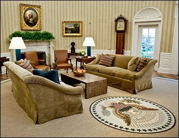 Elizabeth Dow wallpaper in the Oval Office