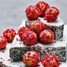 Raw food bollar – 6 nyttiga recept med spännande smaksättningar | ICA Hälsa