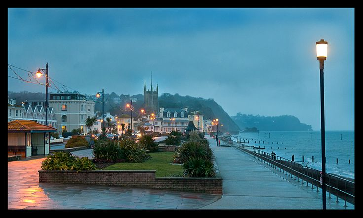 teignmouth devon uk | ... Winter night at Teignmouth, a photo from Devon, England | TrekEarth