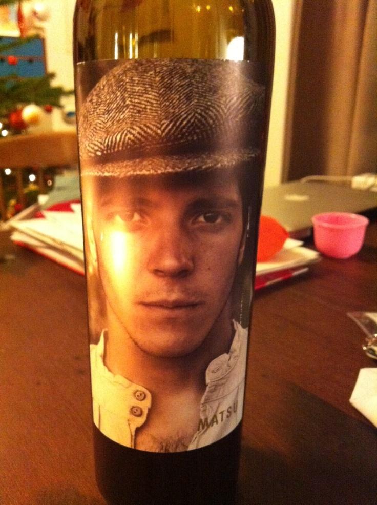 """Matsu """"El Picaro"""" uit 2011. Bijzondere  biologische wijn van het Spaanse wijnhuis Toro. Gedronken op 22-12-2012. Mooi etiket ook. *****"""