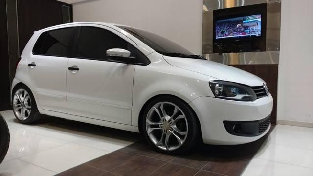 VW Fox 1.6 5p i-motion Año 2011