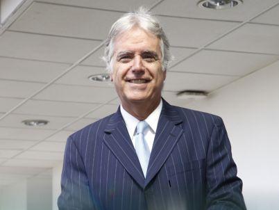 Felipe Morandé, decano FEN UMayor, comenta aspectos de la   reforma tributaria y el y proyecto de ley para simplificarla.