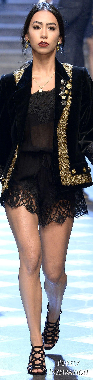 Dolce & Gabbana FW2017 Menswear Fashion | Purely Inspiration