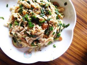 楽天が運営する楽天レシピ。ユーザーさんが投稿した「簡単おつまみ♪さっぱりポン酢で鶏ささみのなめろう」のレシピページです。とにかくヘルシーでお酒に合います。普通は新鮮な魚で作る漁師の料理をあえて鶏ささみで。。鶏ささみ,万能ネギ(子ネギ),大葉,☆味噌,☆お酒,☆ポン酢