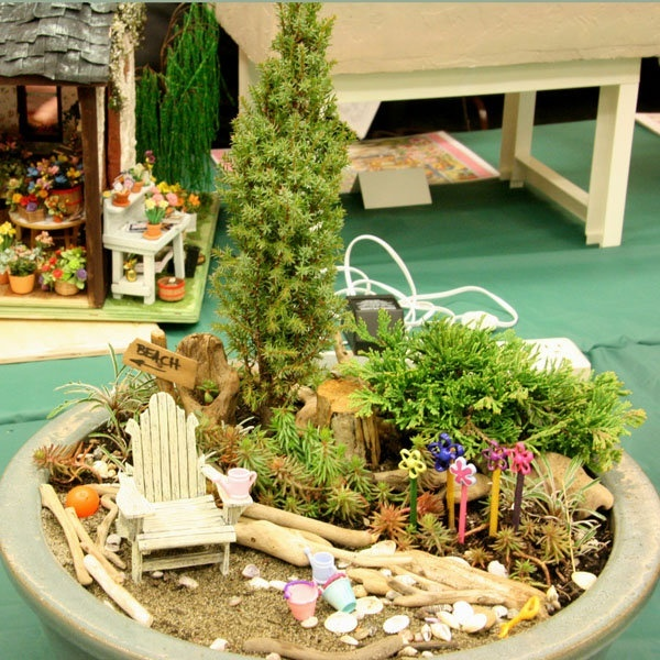Container Fairy gardens: 2009 Seattle, Minis Gardens, Fairies Gardens, Beaches Scene, Miniatures Dollhouses, Dollhouses Scale, Seattle Dollhouses, Dollhouses Miniatures, Miniatures Gardens