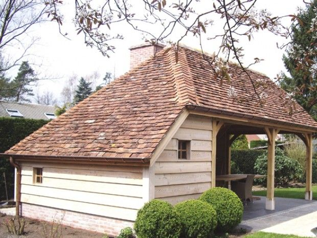 Cottage style garden shed / pool house