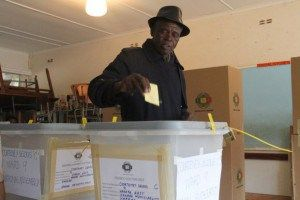 MDC calls on Zimbabweans to register to vote in their millions - The Zimbabwean - http://zimbabwe-consolidated-news.com/2017/06/05/mdc-calls-on-zimbabweans-to-register-to-vote-in-their-millions-the-zimbabwean/