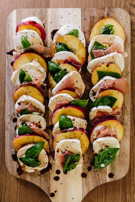 Peach Caprese Salad - this looks delicious.