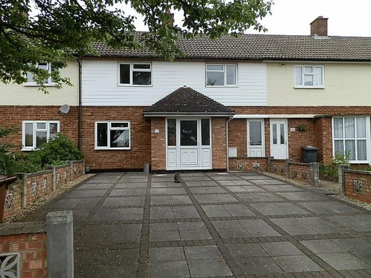 £185,000  3 Bedroom Terraced House - Burley, Letchworth Garden City, Hertfordshire, SG6 4PT Estate Agents