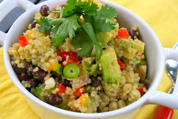 Southwest Quinoa Salad ~ Can't WAIT to try this! Thanks @Kelly Montoya ...