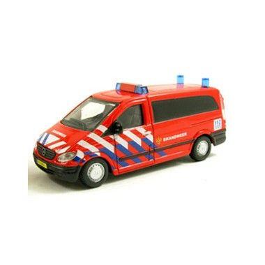 Bburago Mercedes-Benz Vito: Brandweer NL 1:50  Zeer gedetailleerd schaalmodel van de Mercedes-Benz Vito: Brandweer NL.  EUR 10.99  Meer informatie