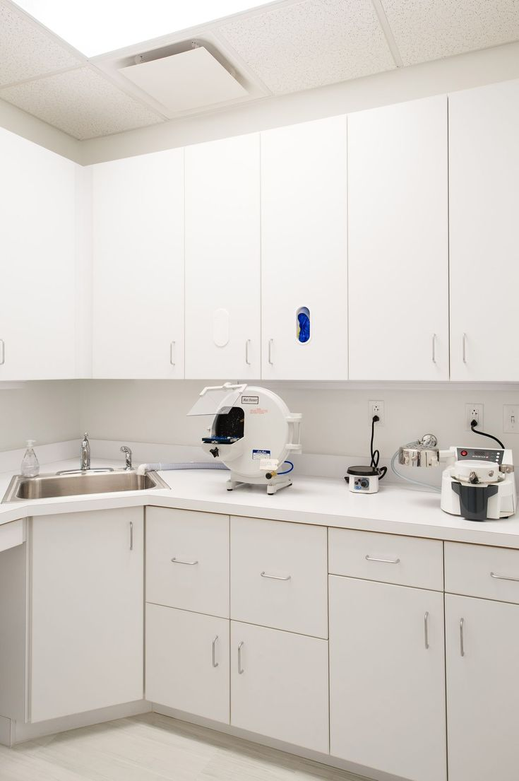 1000 images about sterilization lab on pinterest for Dental lab design layout