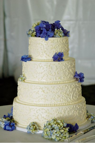 gold wedding cake with purple and pink flowers | WEDDING DAY » Cake » Buttercream Cake