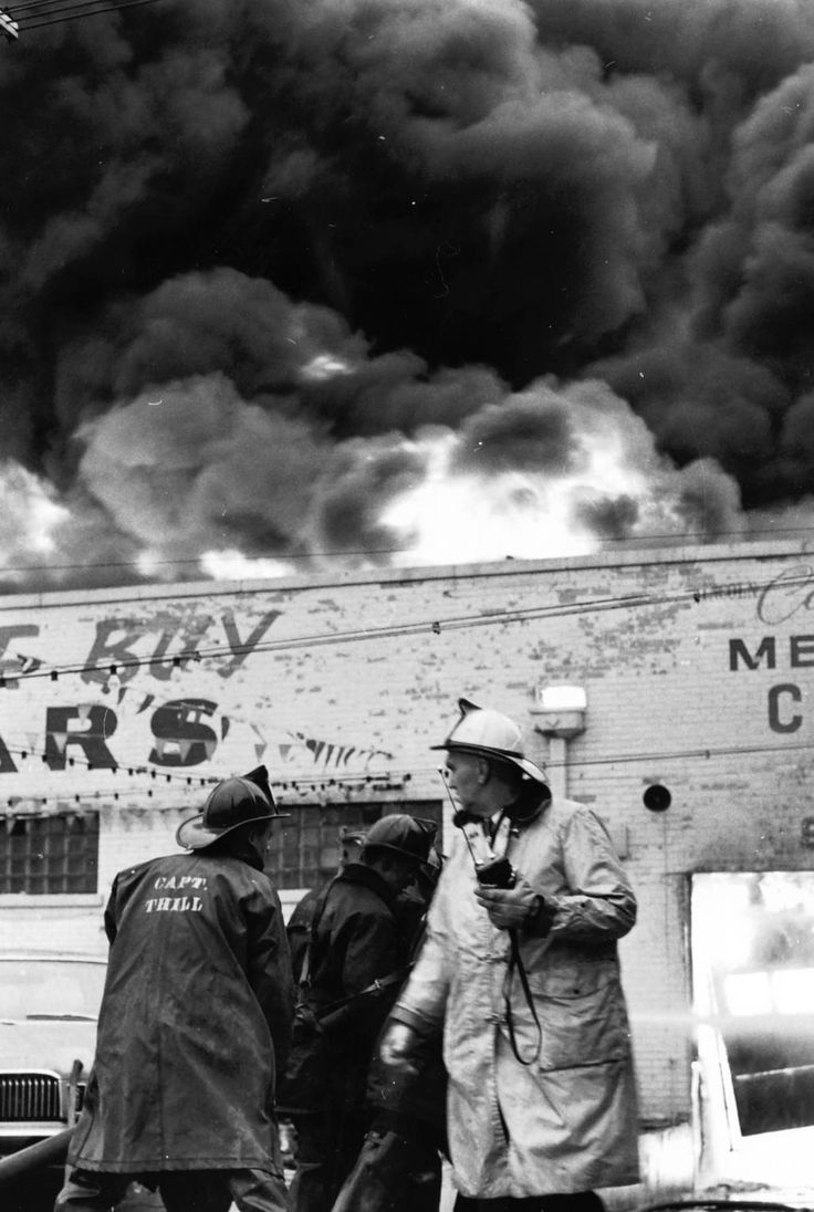 Feb. 6, 1968: Firefighters battle a blaze at Holiday Lincoln Mercury dealership at 535 Chicago Avenue.