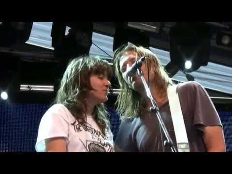 The Lemonheads featuring Courtney Barnett - live at The Meredith Music Festival 2014 - YouTube