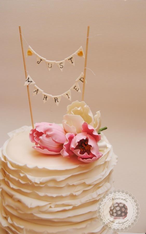 Ruffles & Tulips Wedding Cake