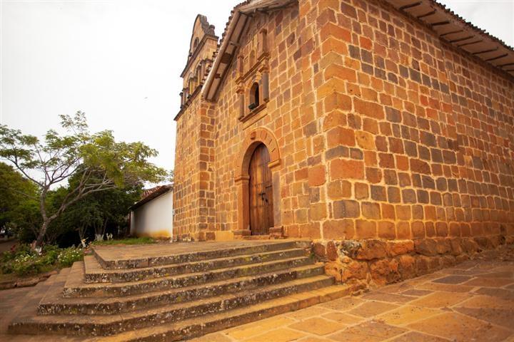 Un recorrido por el pasado en #Barichara #Santander. #FotoDelDia EnMiColombia.com